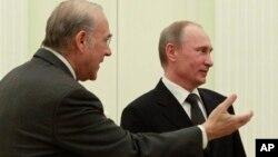 Анхель Гурриа и Владимир Путин. Москва. Кремль. 14 февраля 2013 г.