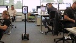 """""""Telepresence Robot"""" หุ่นยนต์ช่วยการปรากฏตัวทางไกล"""