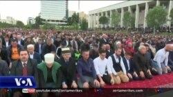 Tiranë: Festohet Fitër Bajrami
