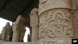 مسجد ۹ گنبد، ساحۀ تاریخی در بلخ
