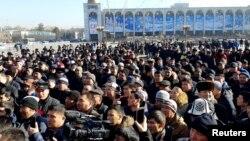 吉尔吉斯斯坦活动人士2019年1月17日聚集在首都比什凯克市中心的阿拉套广场举行抗议,呼吁当局将中国的非法移民驱逐回国。