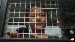 Thái Lan đã trục xuất hơn 100 người Uighur, kể cả phụ nữ và trẻ em về lại Trung Quốc bất chấp Thổ Nhĩ Kỳ cho biết sẵn sàng nhận những người tỵ nạn này.