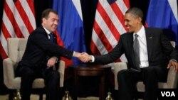Los presidentes de Rusia, Dmitry Medvedev y de EE.UU., Barack Obama, dialogaron sobre la situación en Irán.