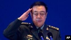 Thượng tướng Phan Trường Long, phó chủ nhiệm Quân Ủy Trung Ương Trung Quốc, đã cắt ngắn chuyến thăm tới Hà Nội và giao lưu quốc phòng giữa 2 nước đã bị hủy bỏ. Kể từ đó đã có nhiều đồn đoán về căng thẳng giữa 2 nước.