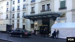 O hotel Beau- Rivage Palace onde se realizam as conversações