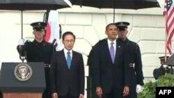 ABŞ prezidenti Barak Obama və Cənubi Koreya prezidenti Li Myunq Bak, Vaşinqton, Ağ Ev, 13 oktyabr 2011