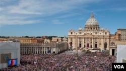 Numerosas personalidades asistieron al encuentro católico más relevante del año.