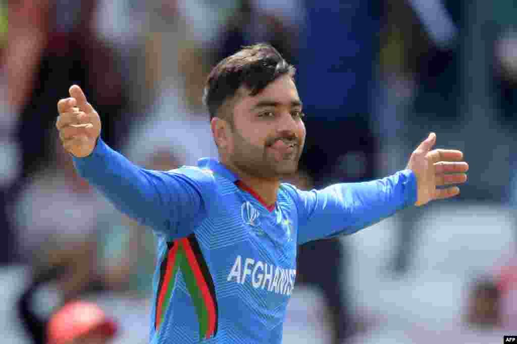 راشد خان آرمان، ستاره کرکت افغانستان، از سوی شورای بین المللی کرکت منحیث بهترین بازیکن رقابتهای ۲۰ اوورۀ یک دهۀ گذشته شناخته شد.
