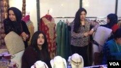 پاکستانی ملبوسات کا اسٹال