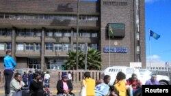 Leon Katambwe joint par Anasthasie Tudieshe
