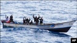 索馬里海盜問題仍然嚴重。