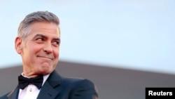 La prometida de Clooney ha representado al fundador de Wikileaks, Julian Assange, en el proceso de extradición que enfrenta en Suecia.