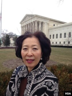 Sunjin Choi, a Korean-American from Fairfax, Va., shares Justice Antonin Scalia's love of opera and admires his razor-sharp wit, Feb. 19, 2016. (M.Snowiss/VOA)