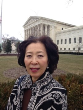 Sunjin Choi, a Korean-American from Fairfax, Va., shares Justice Antonin Scalia's love of opera and admires his razor-sharp wit, Feb. 19, 2016. (M.Snowiss/VOA)