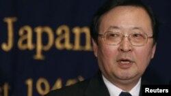 Chỉ huy lực lượng tuần duyên Nhật Bản Takashi Kitamura nói chuyện tại một cuộc họp báo ở Tokyo, 13/12/12. Nhật Bản phản đối sau khi máy báy của Trung Quốc bay vào không phận vùng đảo tranh chấp