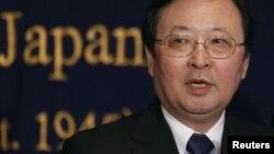ຜູ້ບັນຊາການທະຫານຍາມຝັ່ງຂອງຍີ່ປຸ່ນ ທ່ານ Takashi Kitamura ກ່າວຕໍ່ກອງປະຊຸມນັກຂ່າວ ທີ່ສະໂມສອນນັກຂ່າວຕ່າງປະເທດ ຢູ່ກຸງໂຕກຽວ ໃນວັນທີ 13 ທັນວາ 2012.