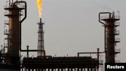 نمایی از پالایشگاه نفت بیجی