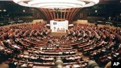 Türkiye'de 7 Haziran'da yapılan seçimlere ilişkin bulgular Avrupa Konseyi Parlamenter Meclisi'nde düzenlenen bir oturumda masaya yatırıldı.