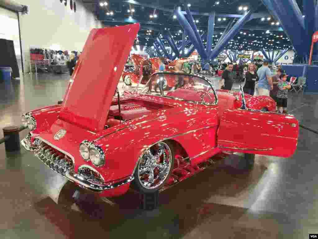نمایشگاه ماشین های کلاسیک در هیوستون تگزاس عکس: محمود (ارسالی شما)