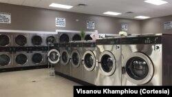 ຮ້ານຊັກເຄື່ອງ ຫຼື Laundromat ຂອງທ່ານວິສະນຸ ຄຳຜຸຍ ຢູ່ທີ່ລັດຟລໍຣິດາ ທີ່ໄດ້ຕັ້ງຂຶ້ນມາໃໝ່..