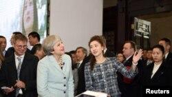 英国首相特蕾莎·梅2018年1月31日访问武汉大学(路透社)