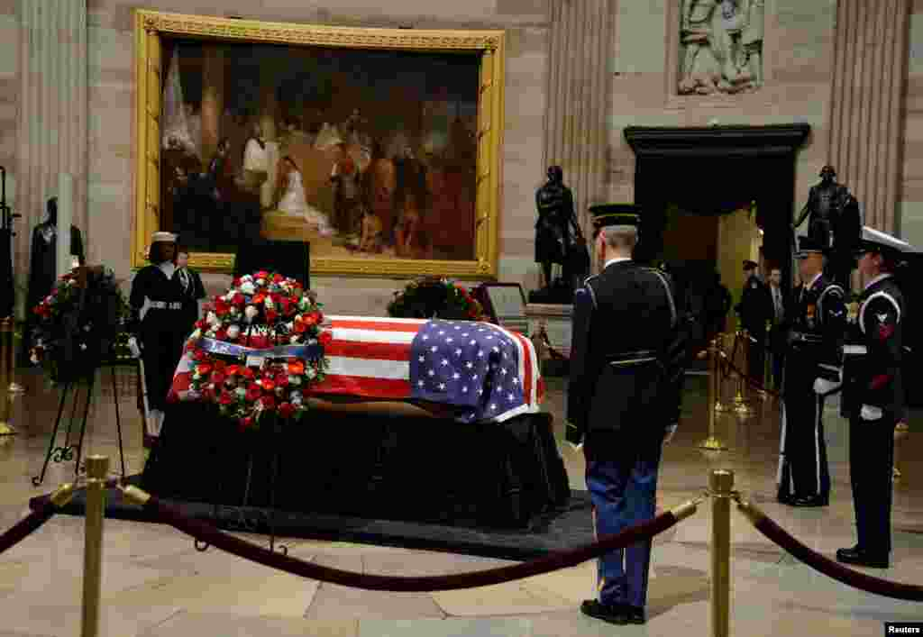 The Rotunda is cleared of the public viewers and the casket of the late former President George H.W. Bush will be departing the Capitol enroute to the National Cathedral for funeral services, Washington, Dec. 5, 2018.