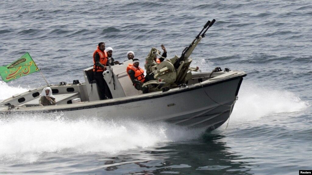 Luftanija amerikane  zjarr paralajmërues ndaj anijes iraniane