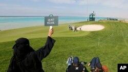 Tournois de Golf au Royal Greens Golf and Country Club dans la station balnéaire King Abdullah Economic City en Arabie Saoudite, le 2 février 2020 (AP/Amr Nabil)