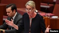 호주 연방 상원의원인 피오나 나시 지역개발 장관.