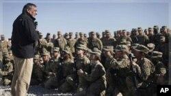 امریکی اخبارات سے: افغانستان سے جنگی مشن کا 2013ء تک خاتمہ