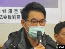 台灣在野黨民進黨立委劉建國(美國之音張永泰拍攝)