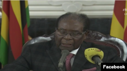ဇင္ဘာေဘြသမၼတ Robert Mugabe ဟာ တနဂၤေႏြေန႔က တုိင္းျပည္ကုိ မိန္႔ခြန္းေျပာ