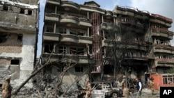 کابُل میں اتوار کو صدارتی انتخابات کے امیدوار امراللہ صالح پر حملہ ہوا جس میں امراللہ محفوظ رہے تھے۔