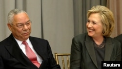 Colin Powell e Hillary Clinton