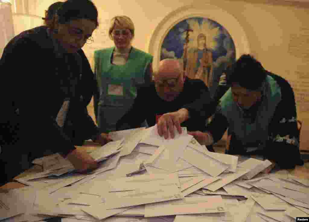Վրաստանում հոկտեմբերի 27-ին անցկացվել են նախագահական ընտրություններ