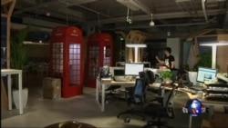 北京民营公司职员睡办公室拼搏成常态