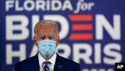 美國前副總統拜登10月13日在佛羅里達州競選活動中。