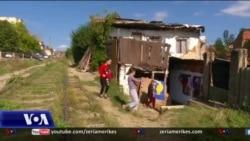 Kosovë: 24 mijë familje të varura nga ndihma sociale