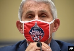 Anthony Fauci, Direktur National Institute for Allergy and Infectious Diseases, Jumat, 31 Juli 2020 di Capitol Hill di Washington. (Foto: Kevin Dietsch/Pool via AP)