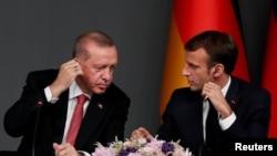 Разговори Ердоган - Макрон