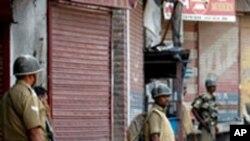 کشمیر: بھارتی پولیس اور مظاہرین میں جھڑپیں