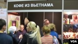 俄越贸易规模仍然很小。2012年年末在莫斯科的一次展览会上,越南高山咖啡受到欢迎。