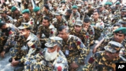 Bangladesh Sentences Border Guards for 2009 Mutiny