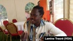 Serge Bayala, secrétaire permanent du Comité international du mémorial Thomas Sankara, Ouagadougou le 10 février 2020 (VOA/Lamine Traoré)