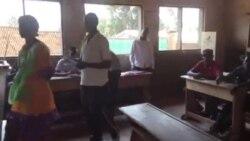 L'ambiance dans un bureau de vote en Centrafrique