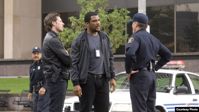 (L-R) TYLER PERRY, EDWARD BURNS and JOHN C. McGINLEY star in ALEX CROSS
