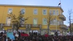 Shqipëri: Organizatat rinore, të shqetësuara për emigrimin e rinisë