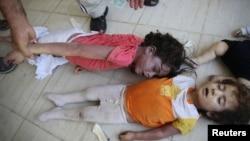 8月21日在大馬士革郊區死於毒氣襲擊的兒童的遺體。