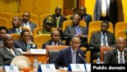 Perezida w'u Rwanda Paul Kagame mu nama y'abakuru b'ibihugu ba EAC igira 20