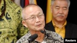El director de la Agencia de Manejo de Emergencias de Hawái, Vern Miyagi, dice no creer que haya un ataque inminente.